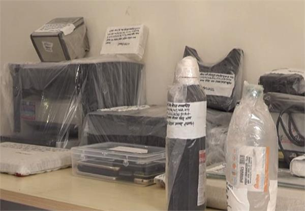 फर्जी आधार कार्ड बनाने वाले गिरोह का पर्दाफाश, सरगना समेत 10 गिरफ्तार
