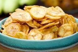 अब चाय के साथ बनाकर खाएं Crispy Banana Chips