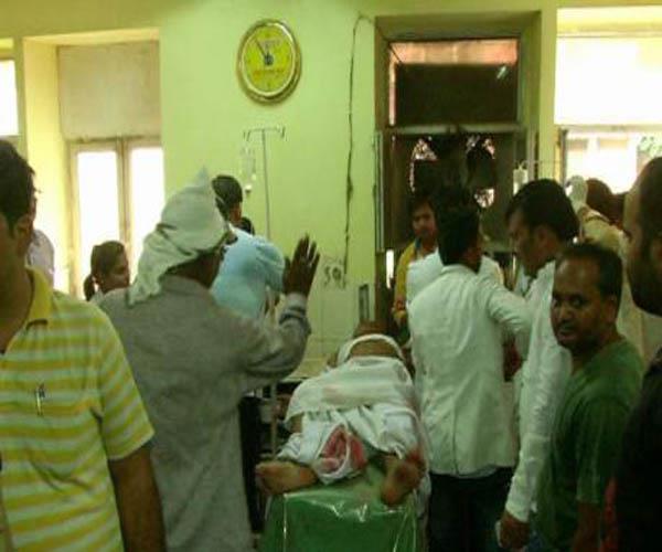महाकवि सूर्यकांत त्रिपाठी के पोते पर दिनदहाड़े बम से हमला, इलाज के दाैरान माैत