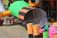 यहां महिलाओं के रोजगार का साधन है रावण, सड़क किनारे लगता है इसका बाजार