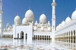 दुनिया की 6 सबसे बड़ी मस्जिदें, खूबसूरती में भी नहीं हैं किसी से कम