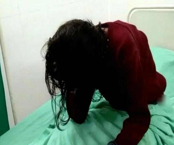 योगीराज में बेखौफ बदमाश: नोएडा के बाद मुरादाबाद में हुआ चलती ट्रेन में महिला से गैंगरेप