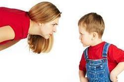 गुस्सैल बच्चे को करना है कंट्रोल, ताे अपनाएं ये अासान टिप्स!