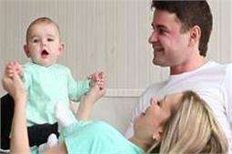 जानिए बच्चा हाेने के बाद भी शादीशुदा जिंदगी में कैसे बरकरार रखें राेमांस?