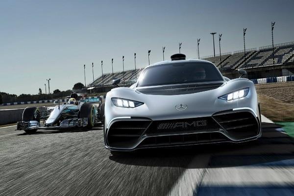दुनिया के सामने पेश हुई Mercedes की यह बेहतरीन कार, कीमत 17.41 करोड़
