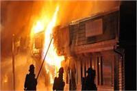 कासगंज: 2 दिन बाद भी हिंसा जारी, रविवार सुबह दुकान में लगाई गई आग