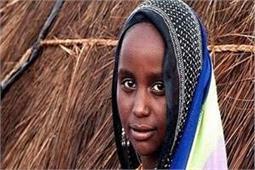 अनोखी परंपरा: इस गांव की महिलाएं शादी के लिए मुंडवाती है सिर