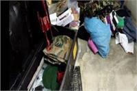 रिटायर्ड फौजी के मकान को चोरों ने बनाया निशाना,12 लाख की संपत्ति समेटकर फरार