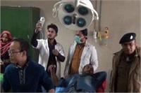 पुलिस और बदमाशों के बीच एनकाउंटर, 25 हजार का इनामी बदमाश गिरफ्तार
