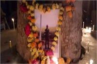 एडीओ पंचायत की मौत पर निकाला कैंडल मार्च, कर्मचारियों ने की CBI जांच की मांग