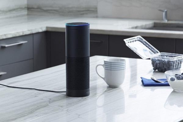 अमेजन ने पेश किया अपना नया वॉयस असिस्टेंट Alexa इको डिवाइस