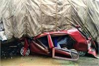 घने कोहरे का कहरः ओवरलोड ट्रक अनियंत्रित होकर कार पर पलटा, 6 की मौत