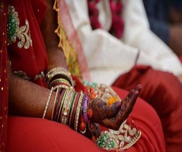 सामूहिक विवाह योजना: अधिकारियों को मिली विवाह योग्य सिर्फ एक लड़की