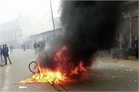 कासगंज में तोडफ़ोड़ और आगजनी से तनाव, पुलिस ने 9 लोगों को किया गिरफ्तार
