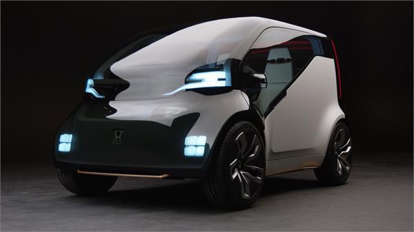 Auto Expo 2018: होंडा ने दिखाई नई कन्सैप्ट कार