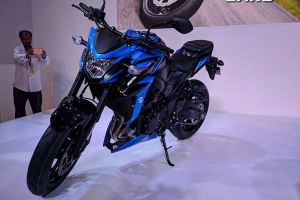 Auto Expo 2018: SUZUKI ने पेश की नई GSX-S750