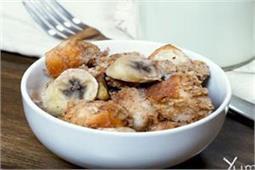 ऐसे बनाएं Banana Oat Baked French Toast