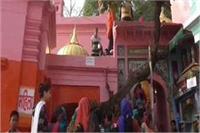 UP का एक शिवालय एेसा भी जहां सुरक्षा में तैनात है नागदेवता, देखिए तस्वीरें