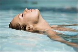 अगर आप भी हैं Swimmer तो इन टिप्स के साथ रखें अपनी स्किन का ख्याल