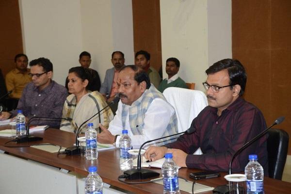 CM ने ऊर्जा विभाग संवेदकों के साथ की बैठक, कहा- हर घर तक बिजली पहुंचाना हमारा लक्ष्य