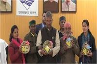 राज्य सरकार करेगी मंदिरों के लिए प्रसाद का उत्पादन, महिलाओं को मिलेगा रोजगार