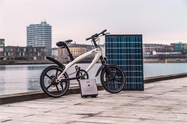 सूर्य की रोशनी से चार्ज होकर 50KM का रास्ता तय करेगा Kvaern e-bike