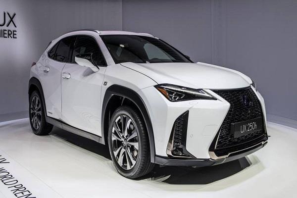 Geneva Motor Show 2018: दो वेरिएंट्स में पेश हुई Lexus UX Crossover