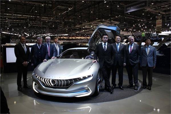 Geneva Motor Show 2018: 160 किलोमीटर की रेंज के साथ प्रदर्शित हुई HK GT इलैक्ट्रिक कार