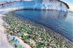 स्वर्ग से कम नहीं रंग-बिरंगे पत्थरों से भरा यह खूबसूरत Beach