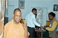 गोरखपुर-फूलपुर उपचुनाव: कड़ी सुरक्षा के बीच शांतिपूर्ण समाप्त हुआ मतदान, 14 मार्च को आएगें नतीजे