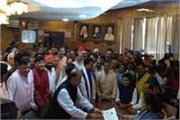 अरुण जेटली ने राज्यसभा के लिए यूपी से किया नामांकन, डिप्टी CM समेत कई नेता रहे मौजूद