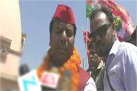 नवनिर्वाचित सांसद प्रवीण निषाद का गोरखपुर में हुआ स्वागत, गोरखनाथ मंदिर पर जाकर की पूजा अर्चना