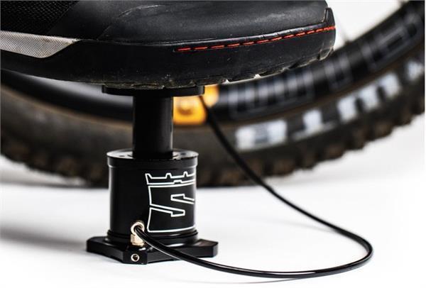 साइकिल में आसानी से हवा भरने के काम आएगा यह पोर्टेबल फुट पम्प