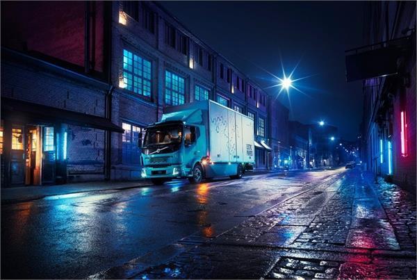 Volvo ने दिखाया शहरी इलाकों में उपयोग करने वाला पहला इलैक्ट्रिक ट्रक
