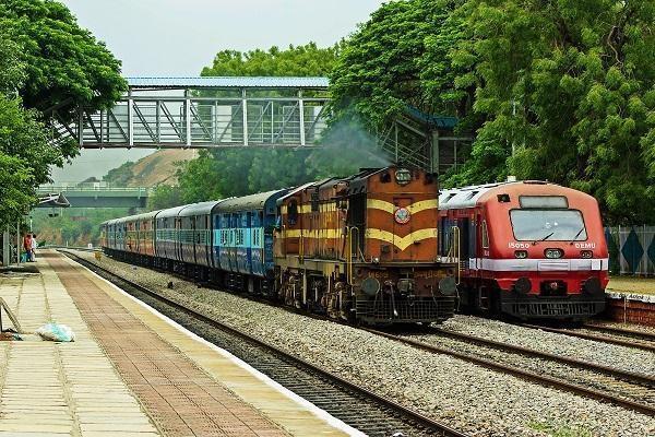 भारतीय रेलवे जल्द लांच करेगी 'मदद' एप्प, आसानी से दर्ज करा सकेगें शिकायत
