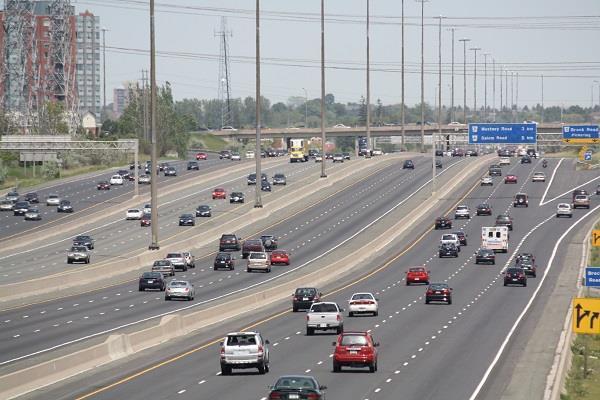 सरकार ने Expressway पर वाहनों की स्पीड लिमिट बढ़ाई