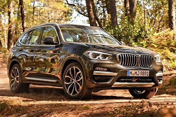 इंतजार हुअा खत्म: पेट्रोल इंजन के साथ लांच हुई 2018 BMW X3
