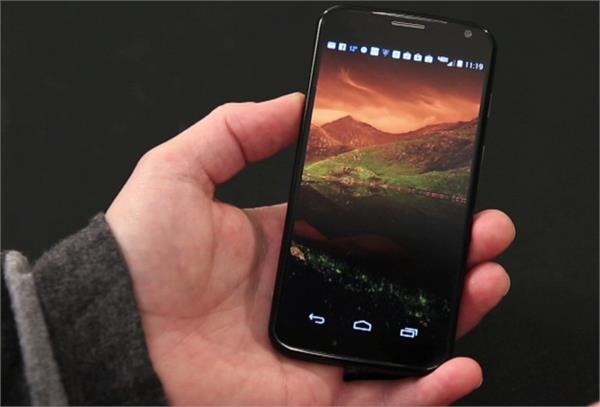 ऐड के लिए सस्ते एंड्रॉयड स्मार्टफोन चुरा रहे यूजर्स का डाटा