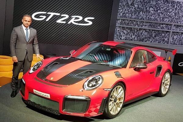 Porsche ने भारत में उतारी 3.88 करोड़ की सुपरकार, टॉप स्पीड 340 kmph