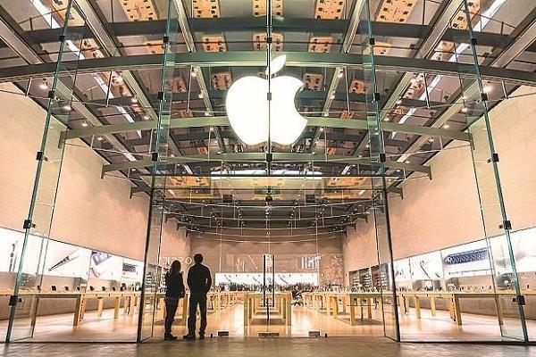 एप्पल भारत की 50 शीर्ष फर्मों के बराबर