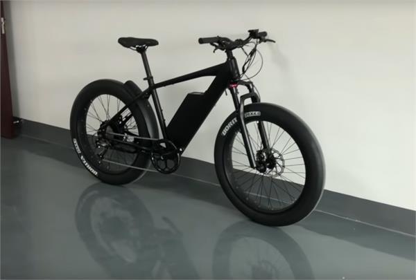 पावर व परफॉर्मैंस का बेहतरीन मेल है HyperFat ई-बाइक