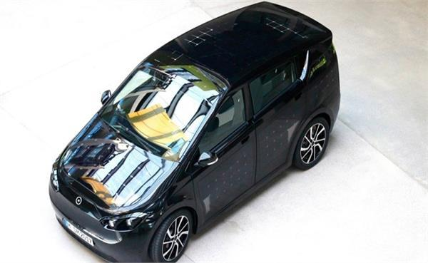 ड्राइव करने पर अपने आप चार्ज होगी यह कार, लगे हैं 330 सोलर पैनल