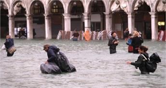 इटली में 53 साल की सबसे खतरनाक बाढ़, एमरजेंसी घोषित (Pics)