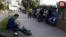 स्पेन से आए युवक ने अनोखे यंत्र से लोगों का बांधा समा, लूटी वाहवाही