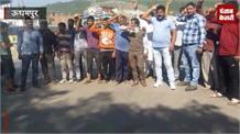 ट्रैफिक पुलिस के खिलाफ लोगों का गुस्सा फूटा, दी कड़ी चेतावनी