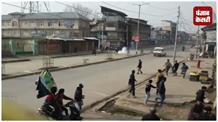 अनंतनाग में हुर्रियत नेता की हत्या पर मचा बवाल, सुरक्षाबलों पर फेंके गए पत्थर