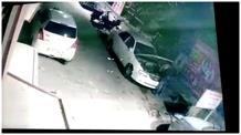 एक ही रात में दर्जन भर कारों से बैटरी चोरी, CCTV में कैद