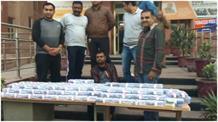 चोरी के 152 मोबाइल के साथ युवक गिरफ्तार, IMEI नंबर बदलकर था बेचता