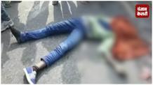 ट्रक और बाइक की टक्कर में दो की मौत