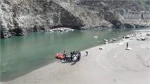 क्रिकेट खेलते वक्त भागीरथी नदी में डूबे बच्चों का शव बरामद